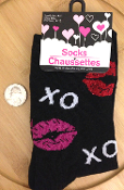 Funky Sweetheart Punk X-O LIPS LOVE KISSES CREW SOCKS Cute Black and White with Glitter Pink and Red Print Punk Rockabilly Lolita Diva Cheer Valentines Novelty Holiday Hosiery Women Teen Girls Size Casual Stockings