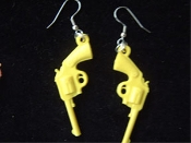 Funky Vintage GUNS EARRINGS - Retro Punk Charms Novelty Western Handgun Revolver Cosplay Costume Jewelry - YELLOW - Mini Cowboy GUN Toy Weapon PISTOLS. Miniature Vintage Colorful Plastic Dimensional Gumball Prize Vending Novelty. COWBOYS, COWGIRLS!