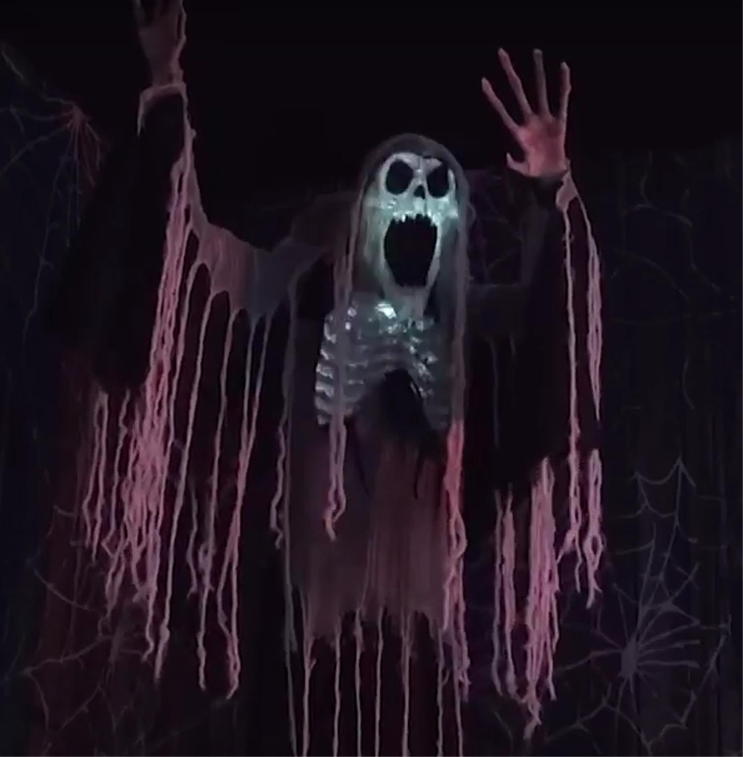 Standing Life Size Animated TOWERING WAILING SOUL Scary Phantom Spirit Gothic Ghost Halloween Creepy Haunted House